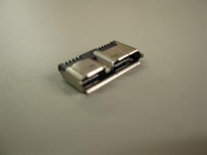 Micro-USB Type B レセプタクル
