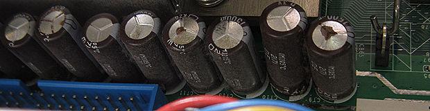 デスクトップパソコンコンデンサ修理
